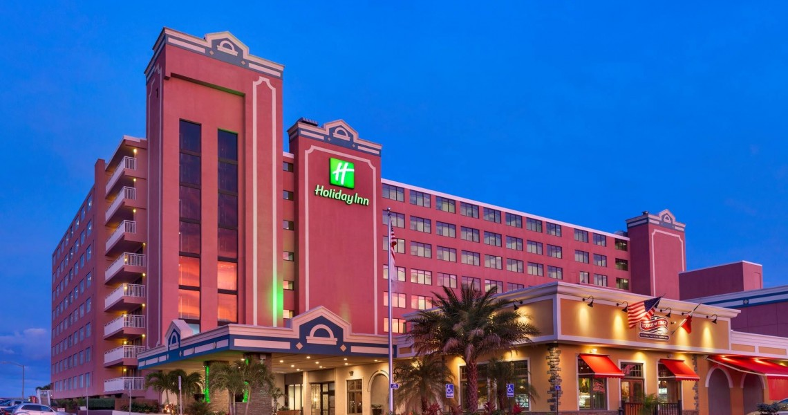 The corner of the Holiday Inn Oceanfront exterior